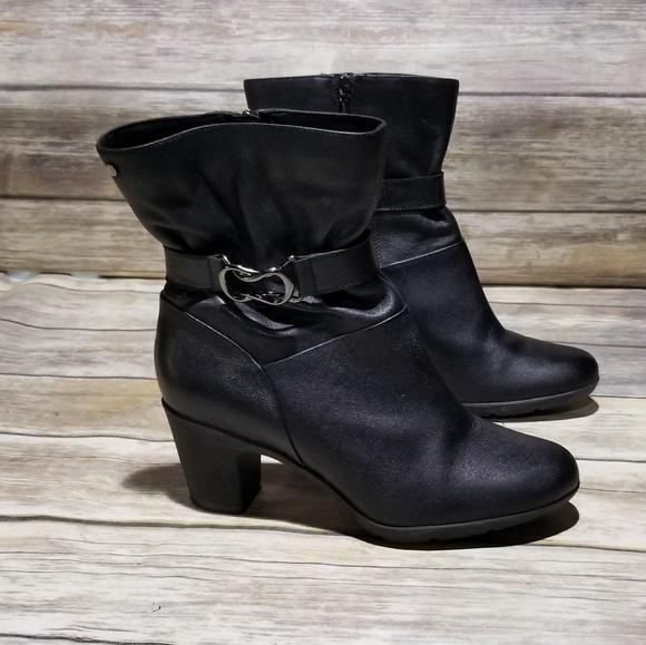 0c7f9e05387 Clarks Shoes - Clarks Artisan Heeled Black Boot sz 9